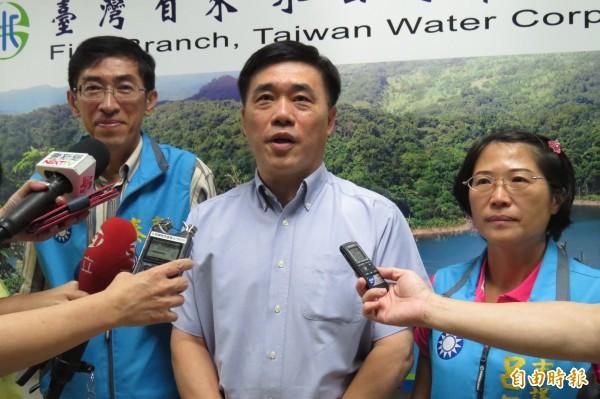 蘇迪勒颱風重創台北市,前台北市長郝龍斌指出,台北市在處理風災上有豐富經驗,能在一天之內恢復,要柯文哲多向市府同仁請益。(資料照,記者俞肇福攝)