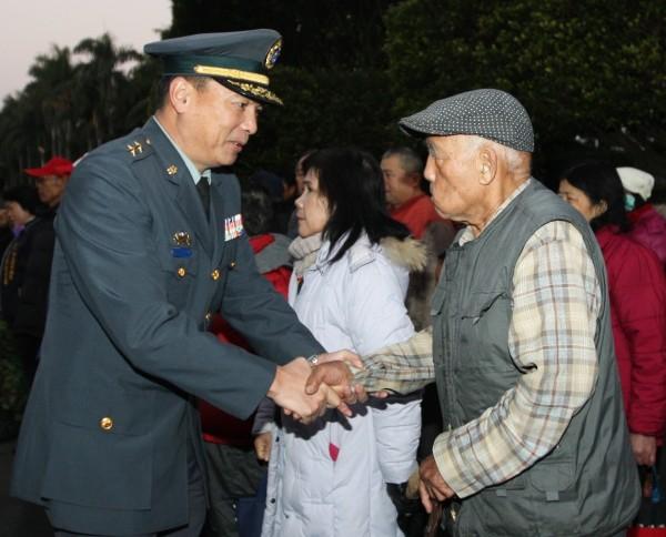 陸軍副司令陳寶餘中將升任副參謀總長兼執行官,並晉任為二級上將。(資料照,陸軍十軍團提供)