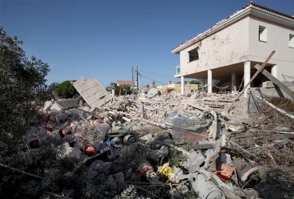 阿爾卡納爾(Alcanar)16日晚間發生第一起恐怖攻擊,一棟建築物爆炸,造成1死6傷。(歐新社)