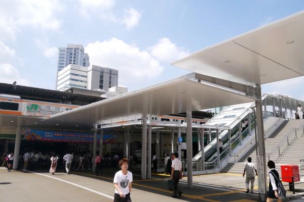 事發於東京都中野區一處民宅,男子聲稱不捨與亡父分開,將其遺體留在家中。圖為JR東京都中野站。(圖擷取自維基百科)