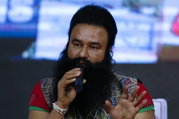印度跨宗教組織「真神宮」教主辛格遭到指控於1999至2002年之間性侵2名女信徒,上個月28日遭到判處20年的徒刑。(美聯社)