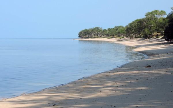 法屬新喀理多尼亞19日決定,將在11月4日舉行公投,表決是否從法國獨立。圖為新喀理多尼亞海灘。(法新社)