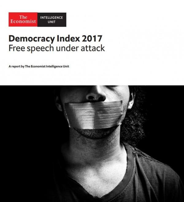 英國《經濟學人》今天公布「2017年民主指數」,台灣排名第33名。(圖擷自經濟學人報告)