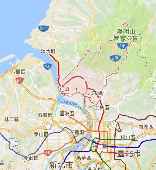 台北市北投有1名男子疑似路過工地時遭掉落的怪手機具砸傷,當場沒有呼吸心跳。(圖擷自Google地圖)