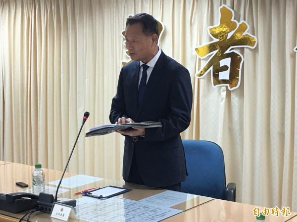 退輔會主委李翔宙召開記者會宣布請辭。(記者涂鉅旻攝)