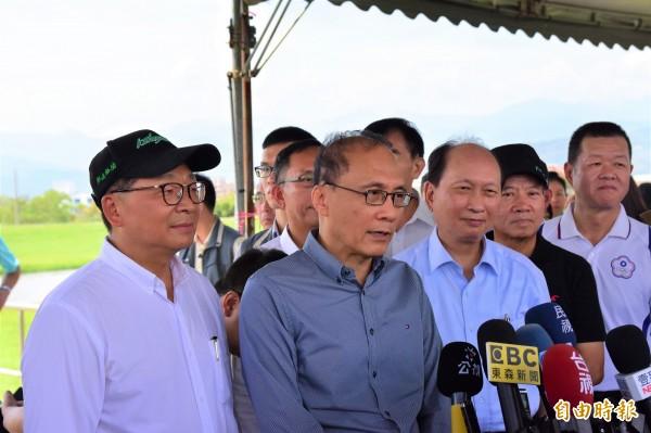 行政院長林全(前左二)。(資料照,記者張議晨攝)