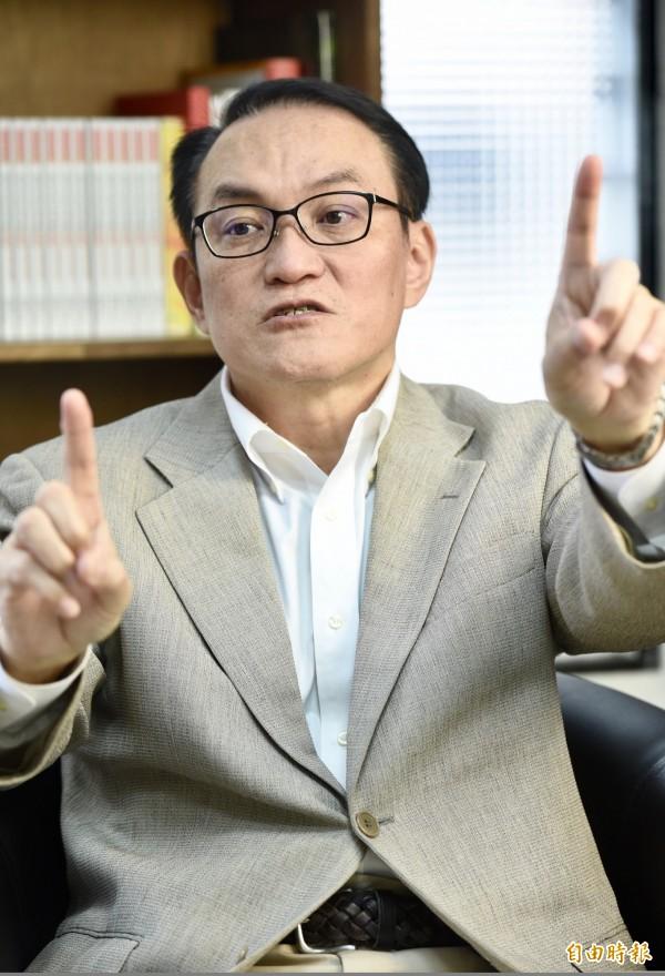 無黨籍台北市長參選人邱文祥專訪。他質疑柯P以智商凌人, 嗆:當市長IQ不那麼重要。(資料照)