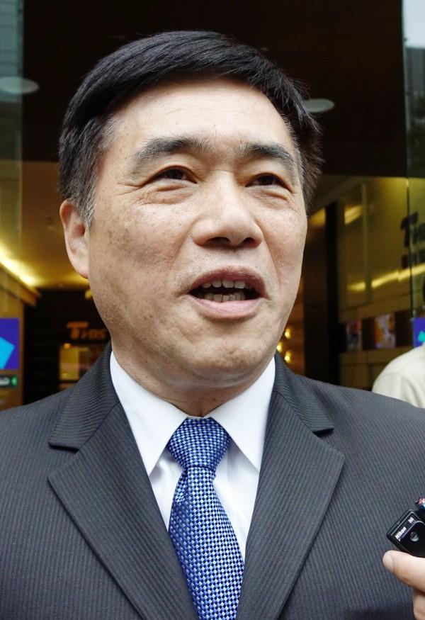 郝龍斌為李永得拒警無故盤查一事,在臉書上力挺警察,並且自爆他在台北市長任內曾被警察臨檢。(資料照,記者張嘉明攝)