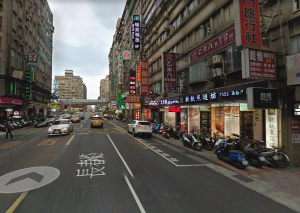 台北市長春路驚傳牙醫診所遭潑酸,一名50歲牙醫師眼睛受傷。圖為長春路街景。(圖擷取自Google map)