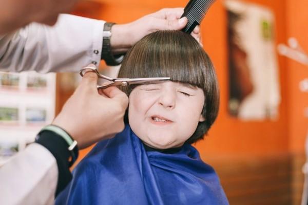 澳洲理髮店下「禁哭令」! 小孩剪髮哭鬧加收10澳幣