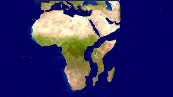 科學家推測,數百萬年後非洲大陸將一分為二。(擷取自推特)