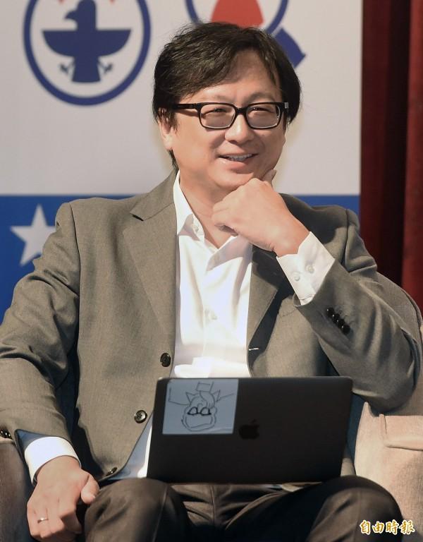 作家張鐵志(見圖)今(22日)表示由於妻子健康因素,決定向文化部請辭駐英代表處的工作。(資料照,記者廖振輝攝)
