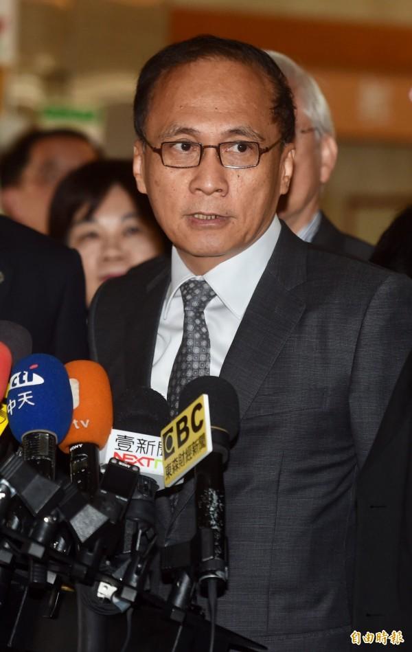 行政院長林全今天再度被問到年底是否有內閣人事異動,林全反過來問說「誰說的?」(資料照,記者簡榮豐攝)