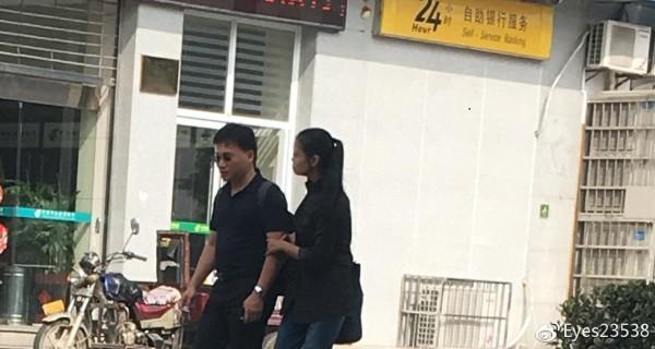 中媒爆親暱逛街照 李凈瑜駁斥:邪惡之邦