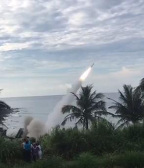 中科院今天清晨在成功發射天弓二型飛彈。(民眾提供)
