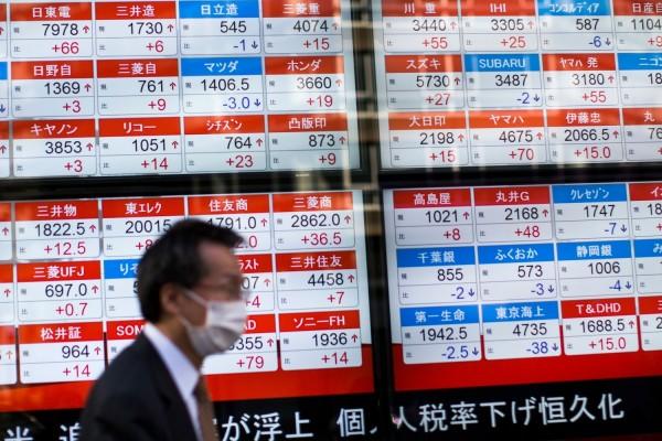 敘利亞情勢趨緩,亞洲股市16日開盤小幅上漲。(資料照,法新社)