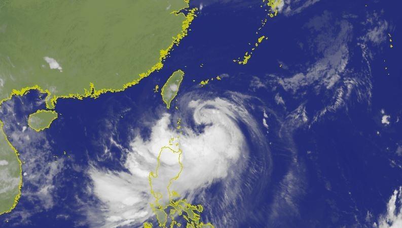 中央氣象局指出,白鹿颱風在過去3小時強度略有增強。(圖擷取自中央氣象局)