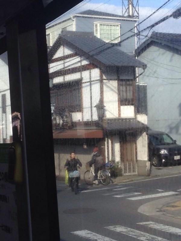 京都的鐵皮屋。(圖取自DCard)