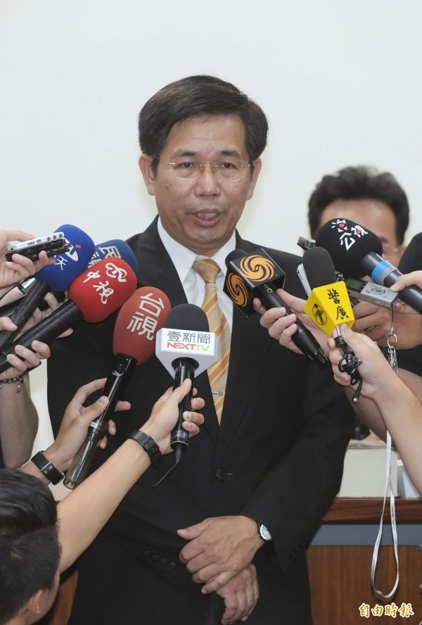 教育部長潘文忠表示,文言文比例已定案。(記者張嘉明攝)