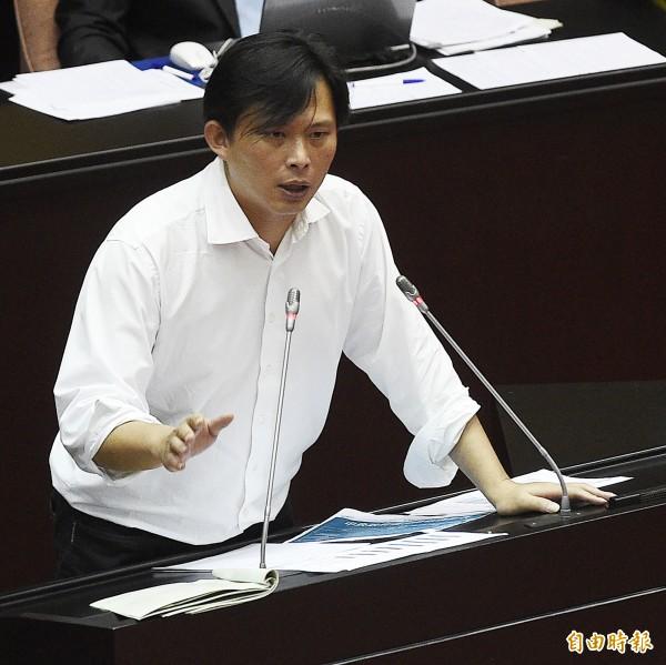 黃國昌對全國司改國是會議總結會議報告內容相當不滿。(資料照,記者陳志曲攝)