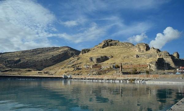 土耳其的凡湖為世界上最大內陸湖之一,也是土耳其境內最大的內陸湖。(圖截自anadoluajansi推特)