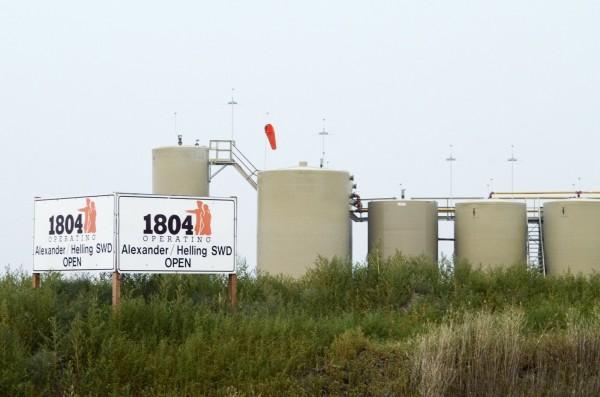 油價週五上漲。(路透)