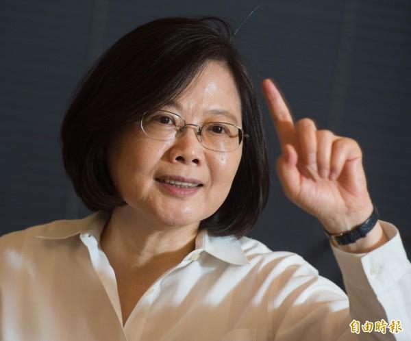 蔡英文說,「我不是為民調做事,我是為台灣做事。」(資料照,記者黃耀徵攝)
