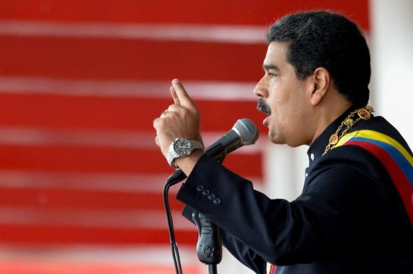 委內瑞拉總統馬杜羅欲透過解散國會、重新修憲,擴張政府行政權。(法新社)