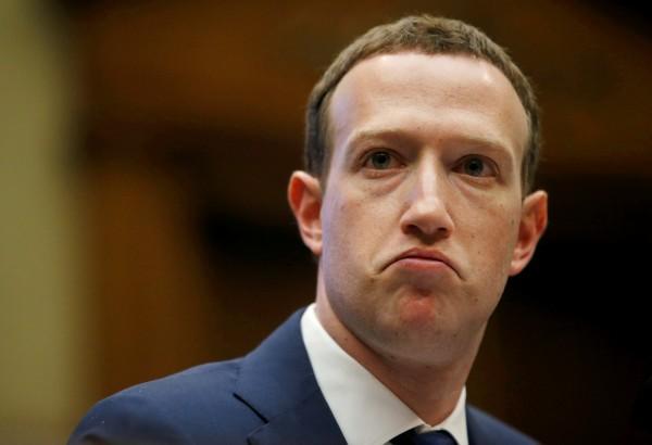 臉書執行長札克柏格(Mark Zuckerberg)預計下週出席歐洲議會,就洩密案後續解釋。(路透資料照)