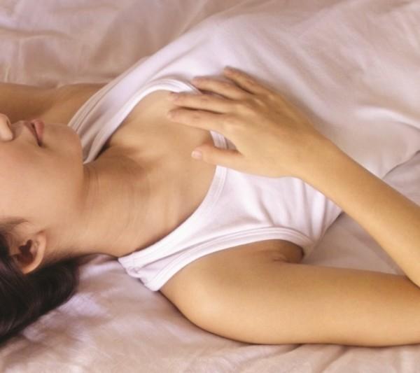 韓男因答應親熱時不會射精在女方體內,未婚妻才同意兩人發生性行為,不料韓男「來不及」進行體外射精,未婚妻因此控告韓男「性侵」。(情境照)