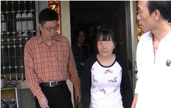 檢警救出被販運來台的越南少女。(記者廖淑玲翻攝)