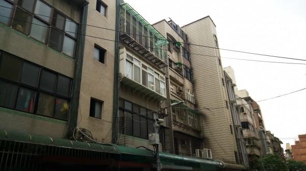 台北市老屋多達9萬棟,市容不佳。(資料照,記者丁偉杰攝)