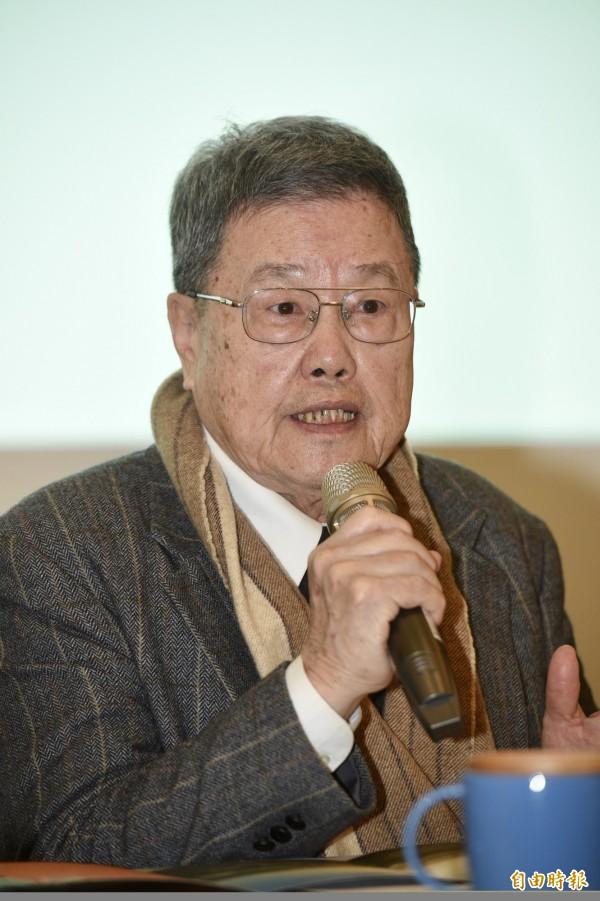 二二八關懷總會理事長潘信行22日出席二二八事件71週年中樞紀念儀式暨紀念活動聯合記者會。(記者羅沛德攝)