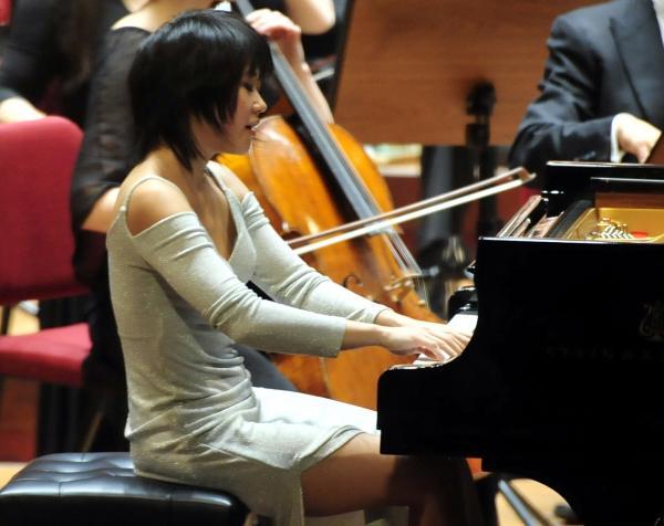 倫敦愛樂交響樂團今晚在台北國家音樂廳和鋼琴獨奏家王羽佳搭檔演出。(記者潘少棠攝)