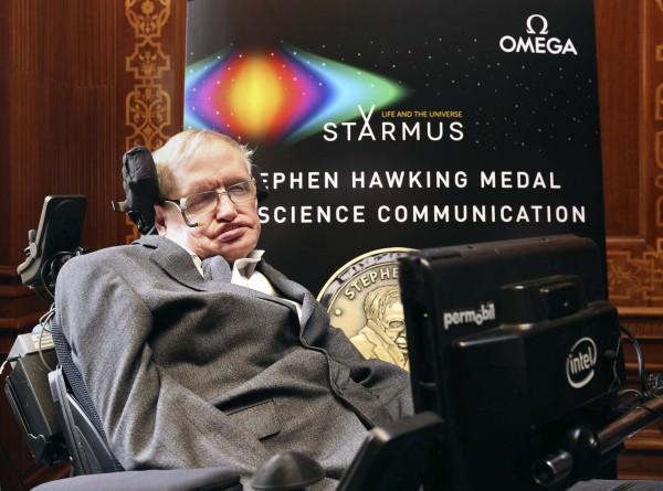 英國著名天體學家霍金認為,人類應該盡快找到新的移居星球。(美聯社)