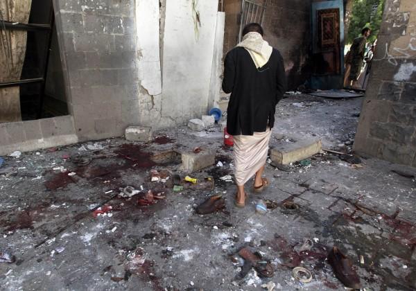 週四上午葉門首都傳出遭自殺式炸彈襲擊,目前已知有至少29人死亡,數十人重傷。(法新社)