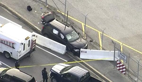 美國國安局總部位於馬里蘭州米德堡,一輛黑色SUV試圖設施入口後,槍聲四起。(美聯社)