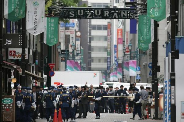 日本東京銀座鬧區,一名40歲商人在光天化日下被男子搶走手上千萬現金。(法新社)