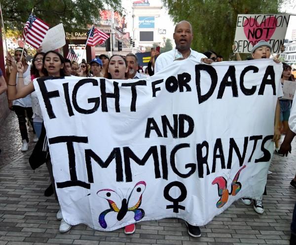 美國社會不少人反對川普廢除DACA計畫。(法新社)
