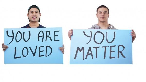 廣告以6位青少年對話為主題,探討他們內心的期待。(圖擷取自Hetrick-Martin Institute臉書)