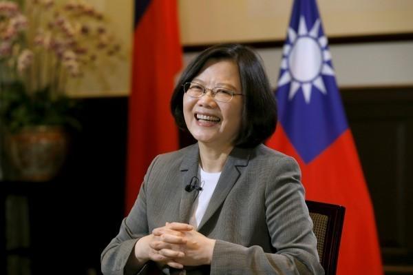 總統蔡英文昨晚參加台北市日本工商會、台灣日本人會所舉辦的新年慶祝酒會。(資料照,路透)