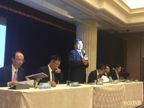 國泰金控日前舉行法說會。圖中為國泰金總經理李長庚。(資料照,記者廖千瑩攝)