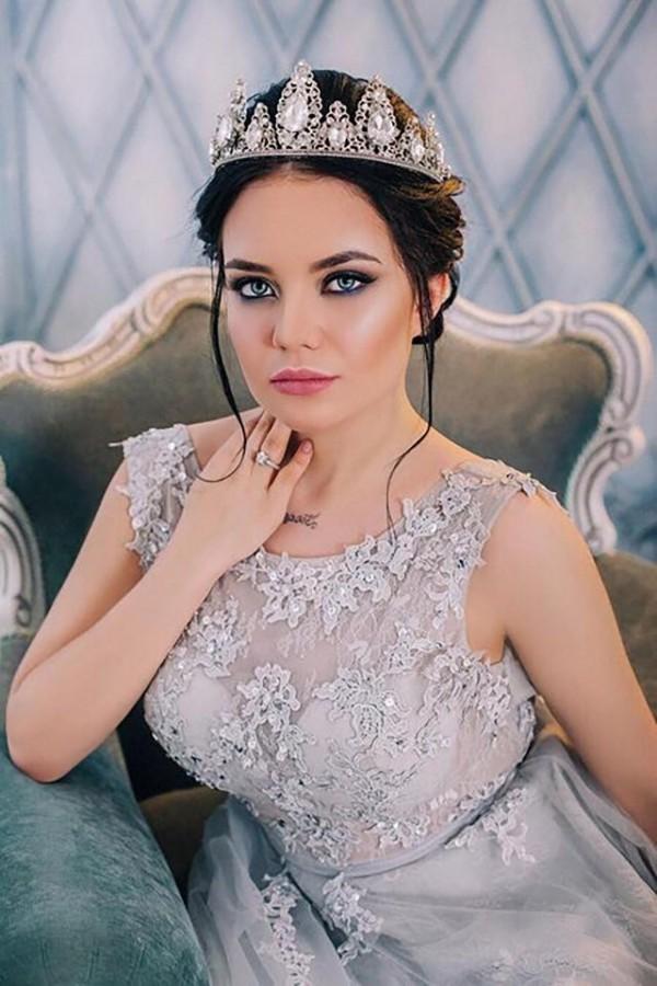 卡札瑟娃時常在網路上炫富,引來梅利斯基痛下殺機。(圖擷自《太陽報》)