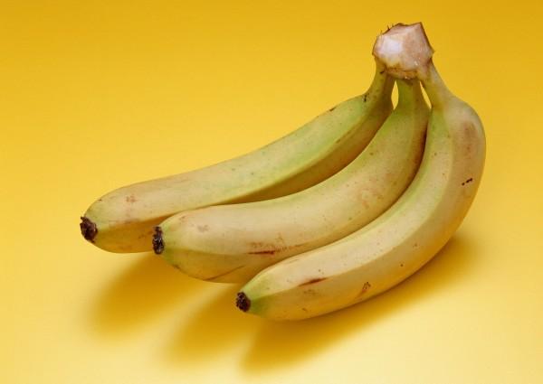 專家提醒,喝香蕉牛奶的時機要正確,否則反而容易讓熱量爆表。(資料照)