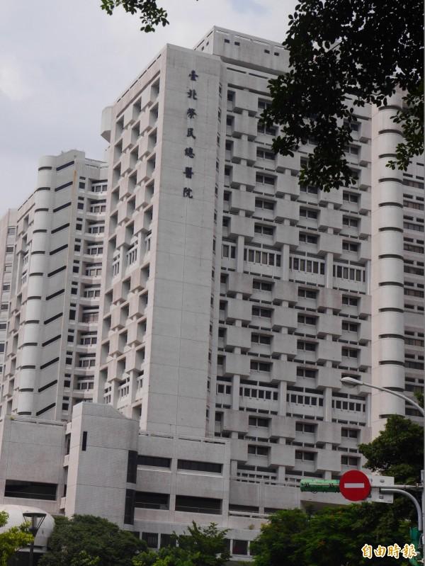 霸占台北榮總病房近5年的張周姓老奶奶已出院。(記者林惠琴攝)