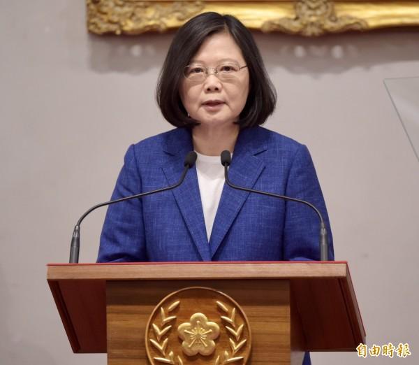 蔡英文在記者會上對中國釋出善意,強調台灣願在APEC架構下,與中國有善意的互動、合作。(記者黃耀徵攝)