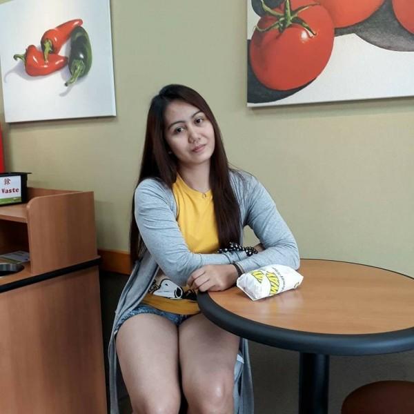 28歲菲律賓籍看護美樂蒂(Melody)來台工作5年受僱於日籍夫婦,卻不幸在6日的花蓮強震中喪命。(圖擷自美樂蒂臉書)
