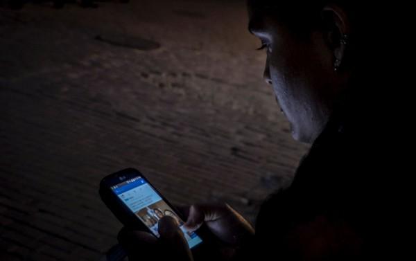 隨著科技的進步,幾乎到處都有WiFi熱點,但美國最近有些熱點卻出現歧視黑人的名稱,引發外界議論。(法新社)