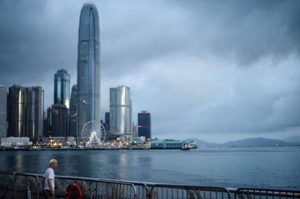 《富比士》(Forbes)專欄作家金恩(Sean King)美國時間25日晚間也撰文表示,一國兩制在香港失敗。(法新社)