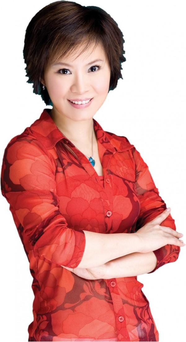 被全嘉莉指為密醫的「百大名醫」陳俊龍,不滿她在節目中指「百大名醫其實是可以買的」,向法院提出自訴控告全嘉莉妨害名譽。(圖擷取自網路)